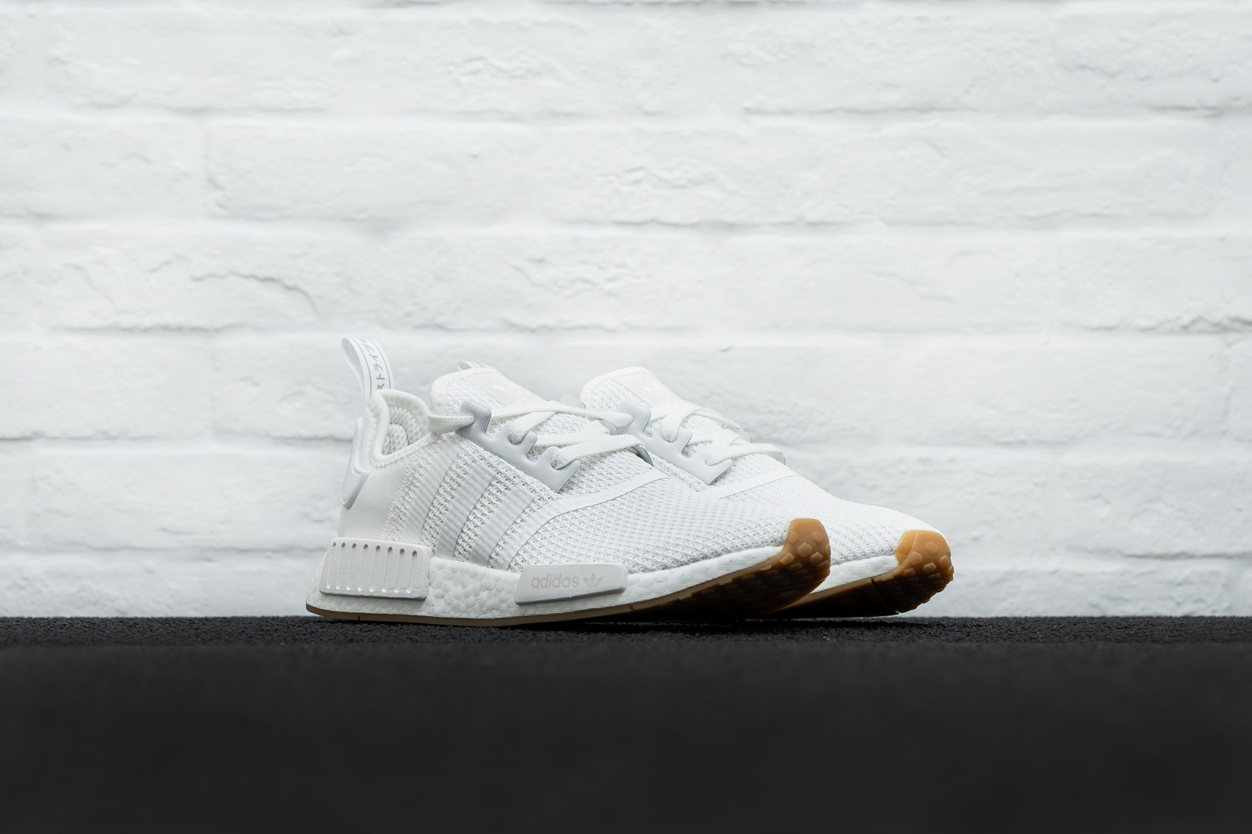 W Adidas NMD R1 Sneaker.no
