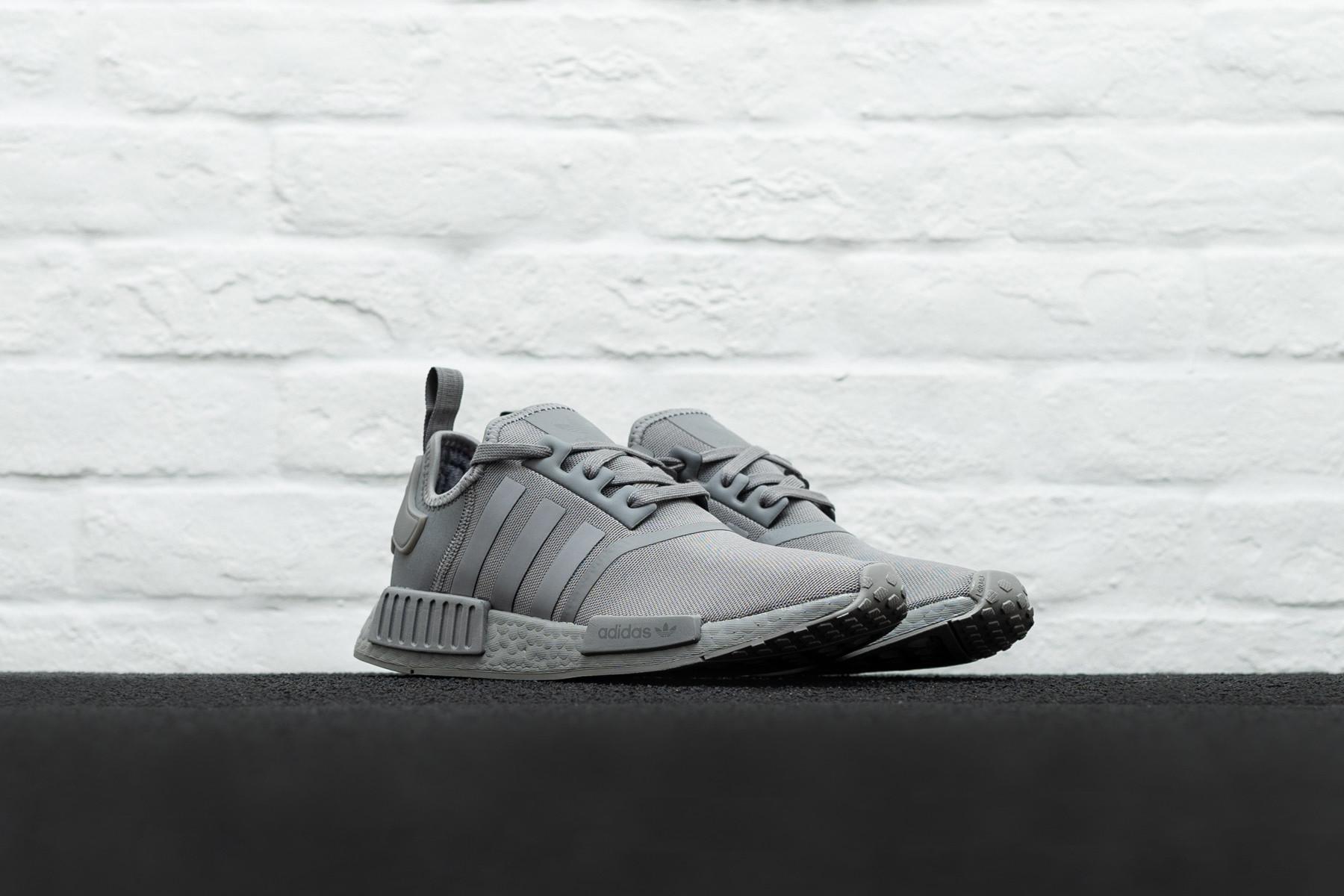 Adidas NMD_R1 | Favoritter fra Adidas finner du hos SKILLS