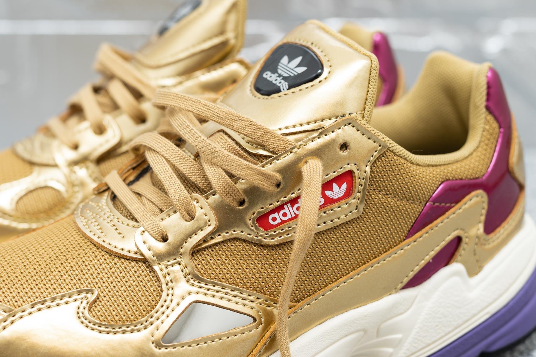 Adidas Falcon Gold MetallicGold MetallicOff White