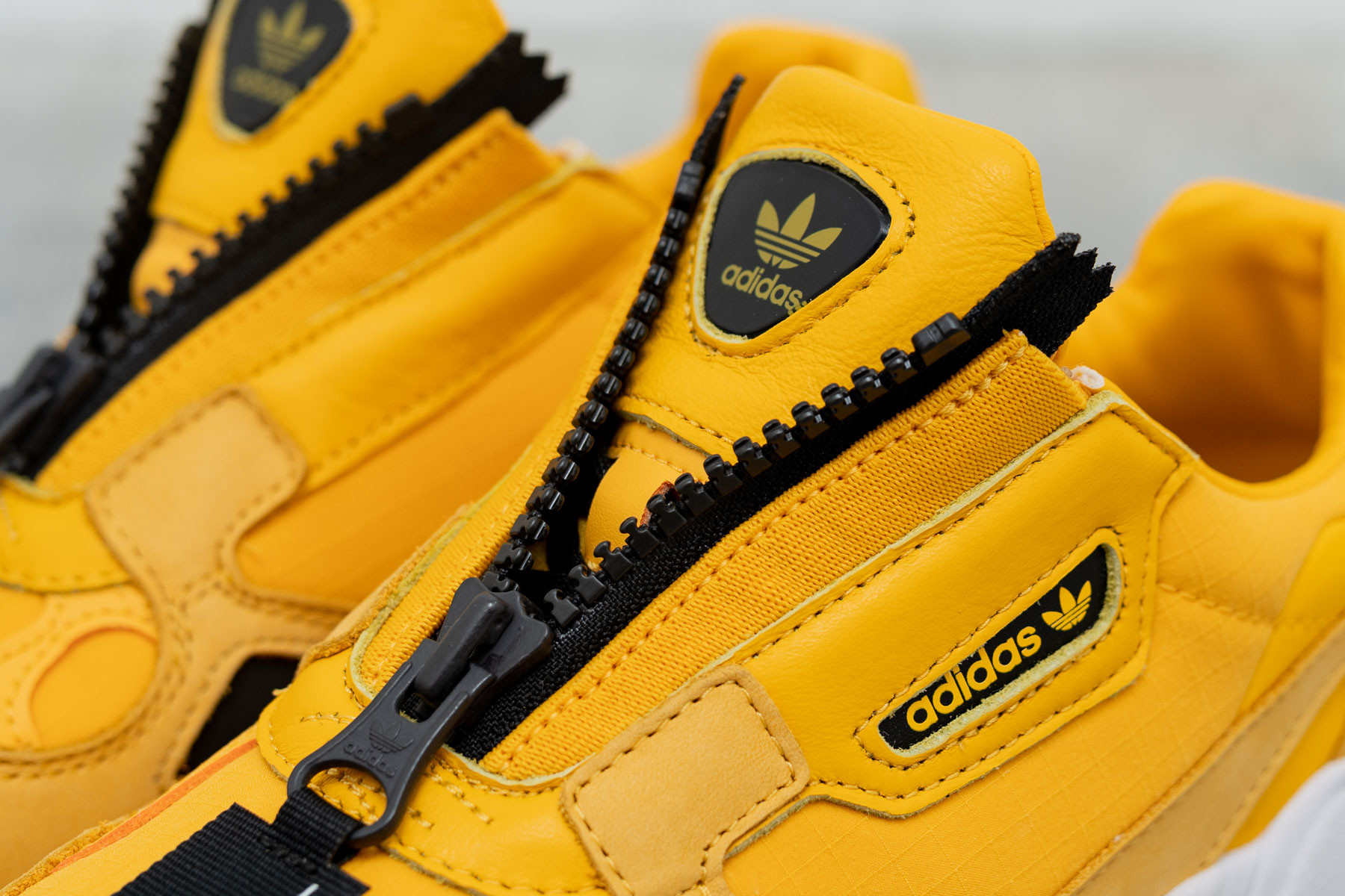 adidas Falcon Zip W shoes yellow