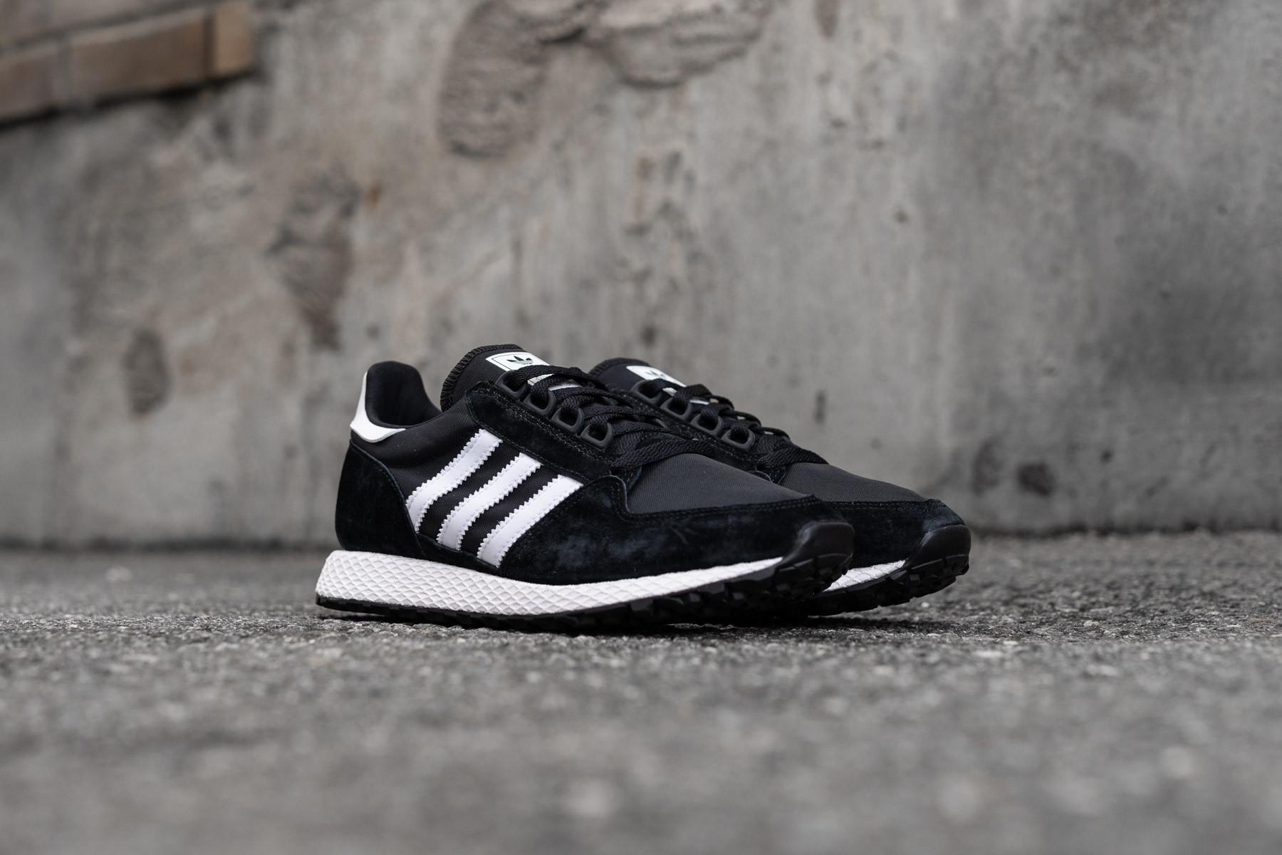 timeless design d960e ba61a W Adidas Forest Grove - Sneakers - Sneaker.no