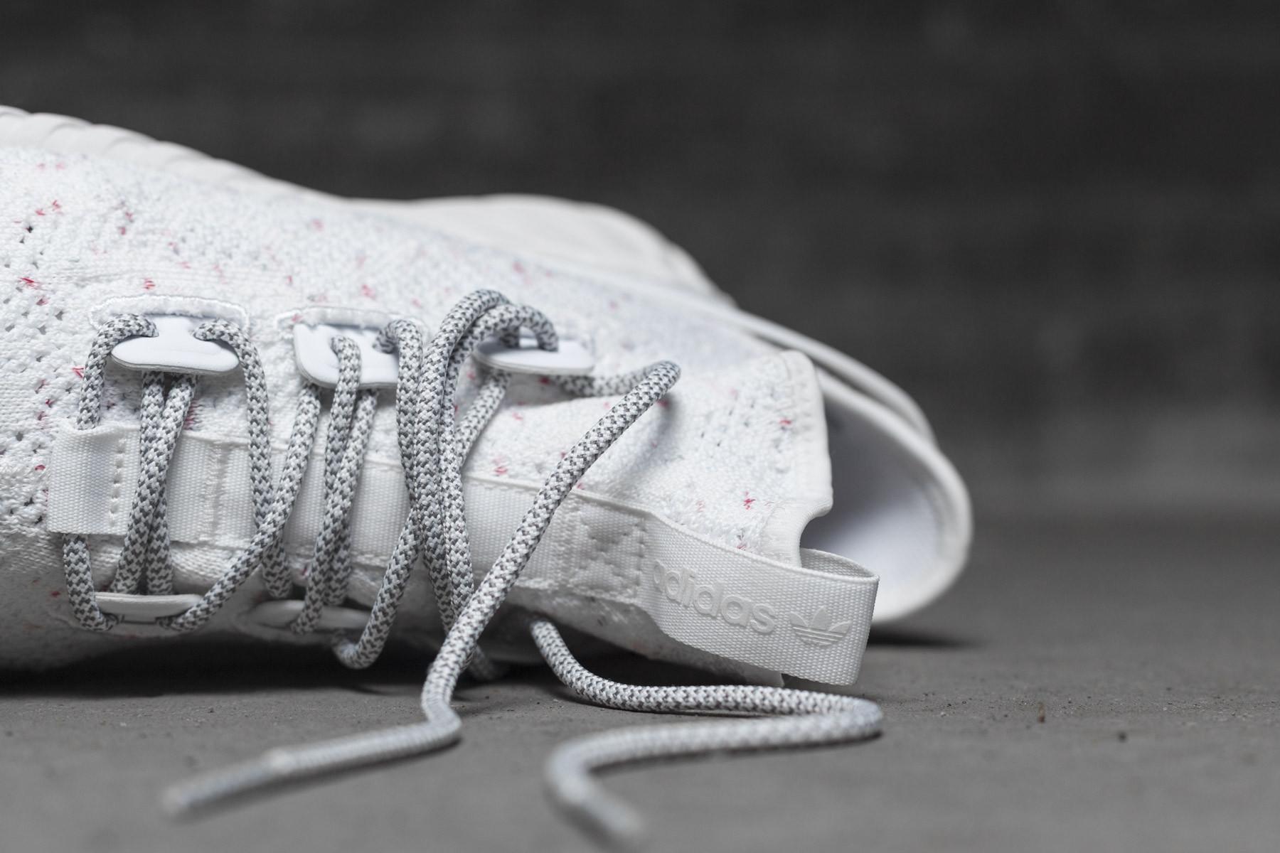 Adidas tubulare doom sock pk.