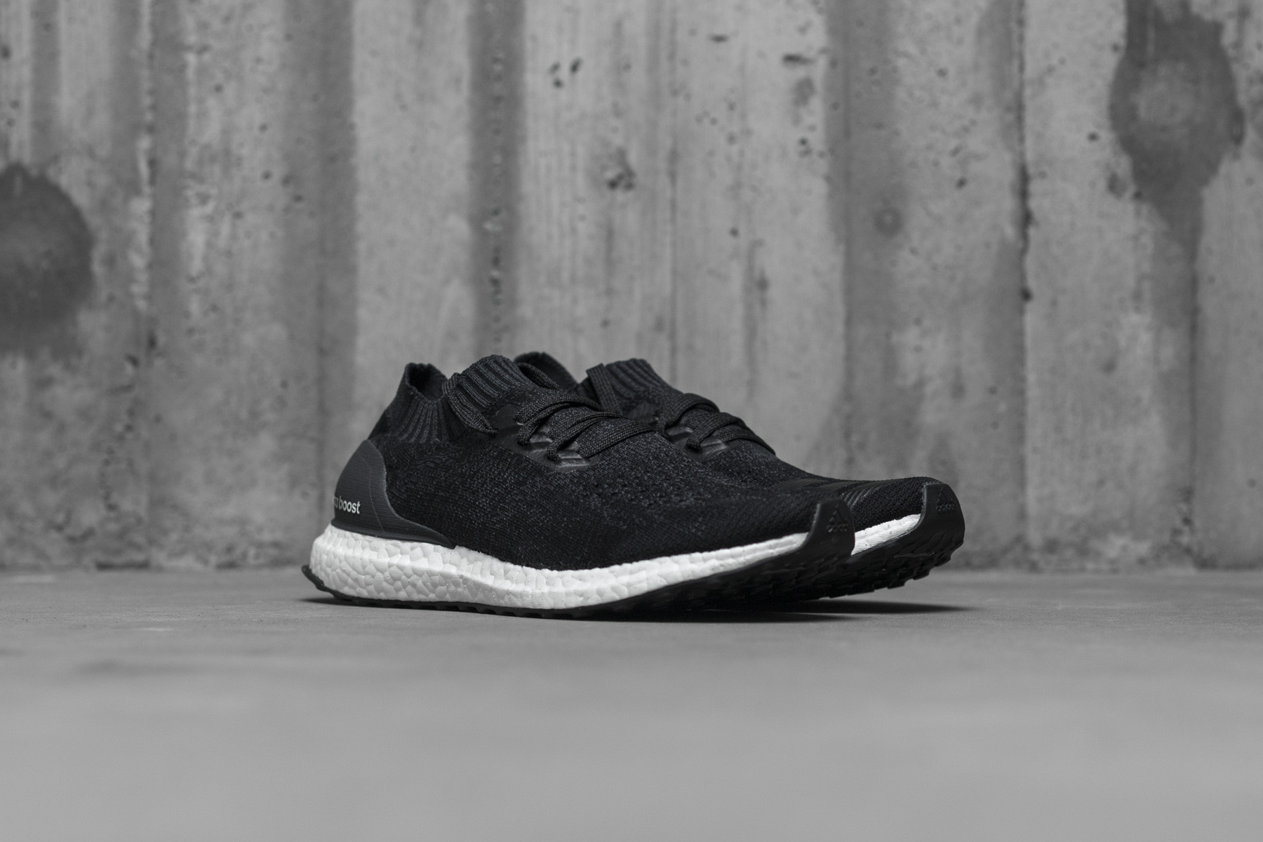 W Adidas UltraBOOST Uncaged Low top Sneakers Sneaker.no