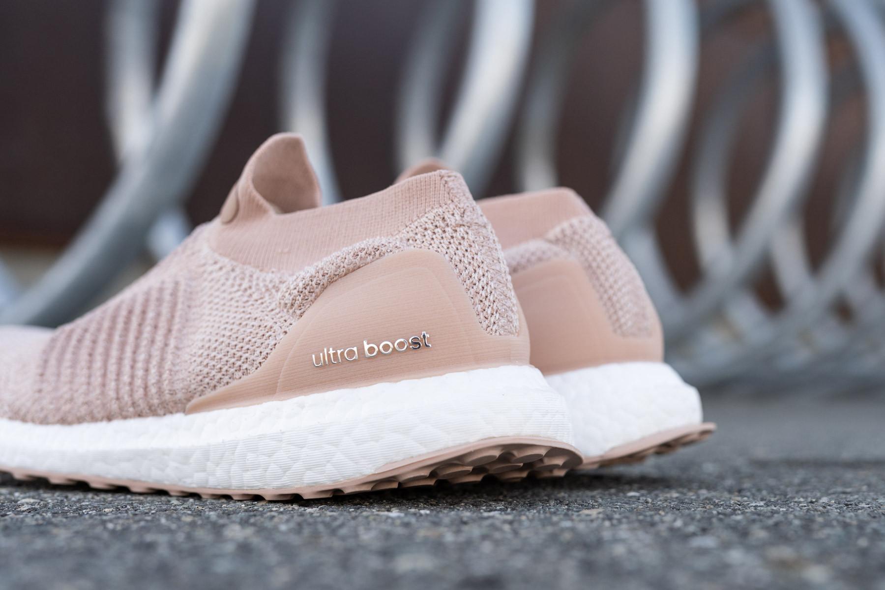 W Adidas UltraBOOST LACELESS Dame Sneakers Sneaker.no