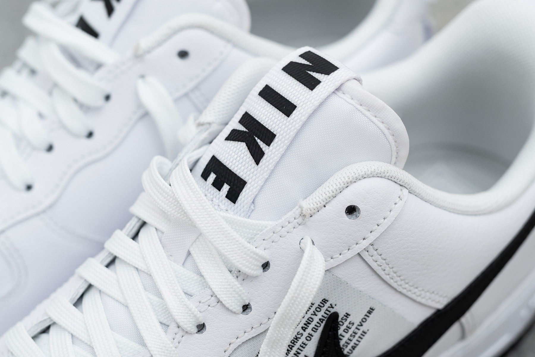 Nike Air Force 1 LV8 UL   Sneakerjagers