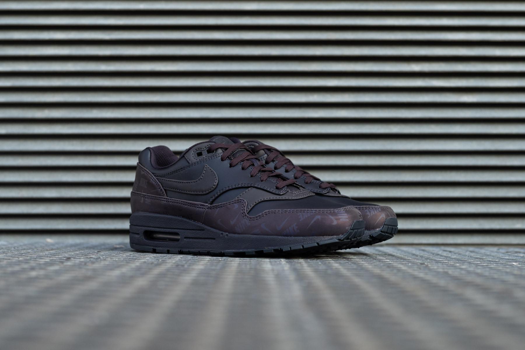 3a36a745e0 W Nike Air Max 1 LX - Sneaker.no