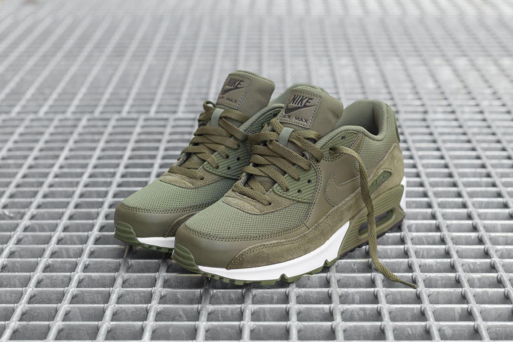 Nike Air Max 90 Essential Medium Olive 537384 201 | SneakerFiles