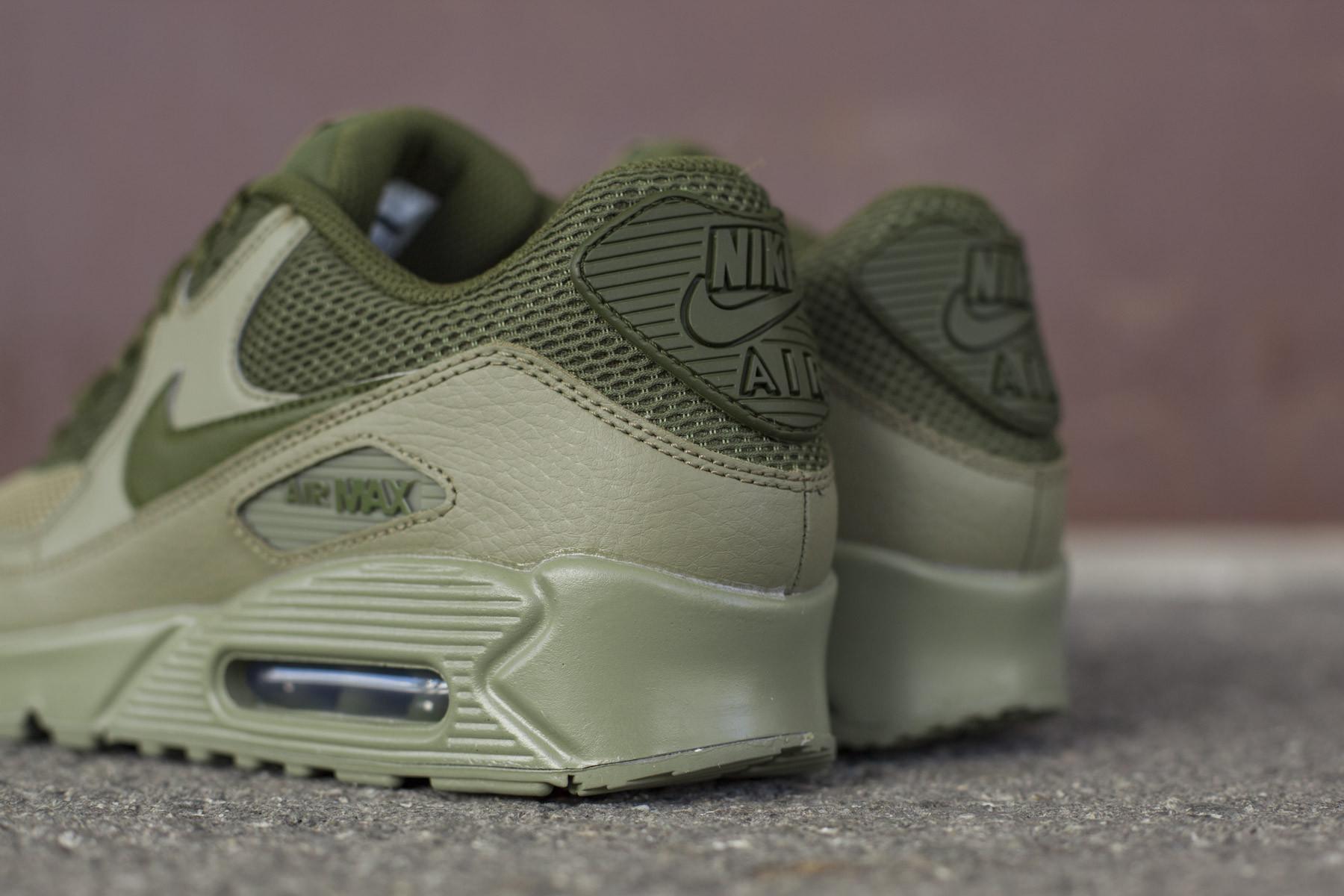 Nike Air Max 90 Essential - Sneakers - Sneaker.no 2d0e21a0f