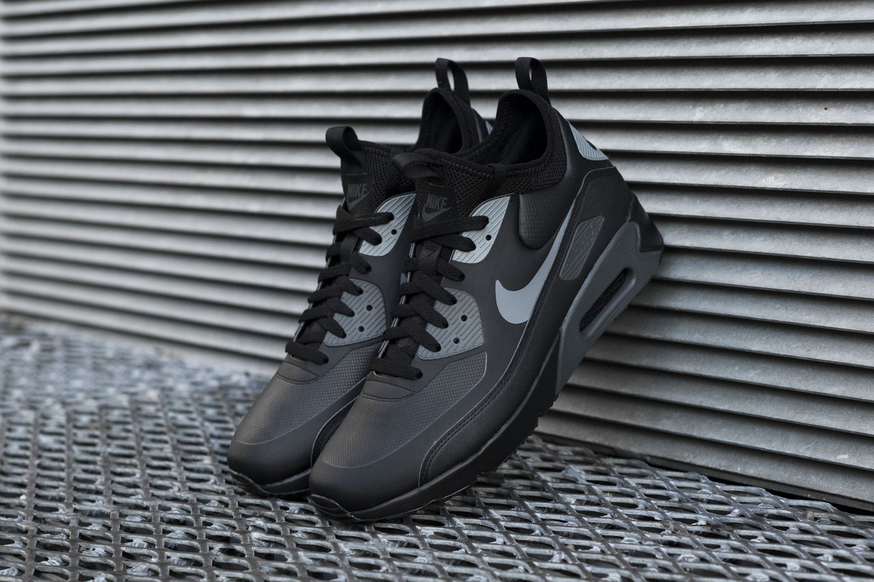 reputable site 46b3a 04440 Nike Air Max 90 Ultra Mid Winter