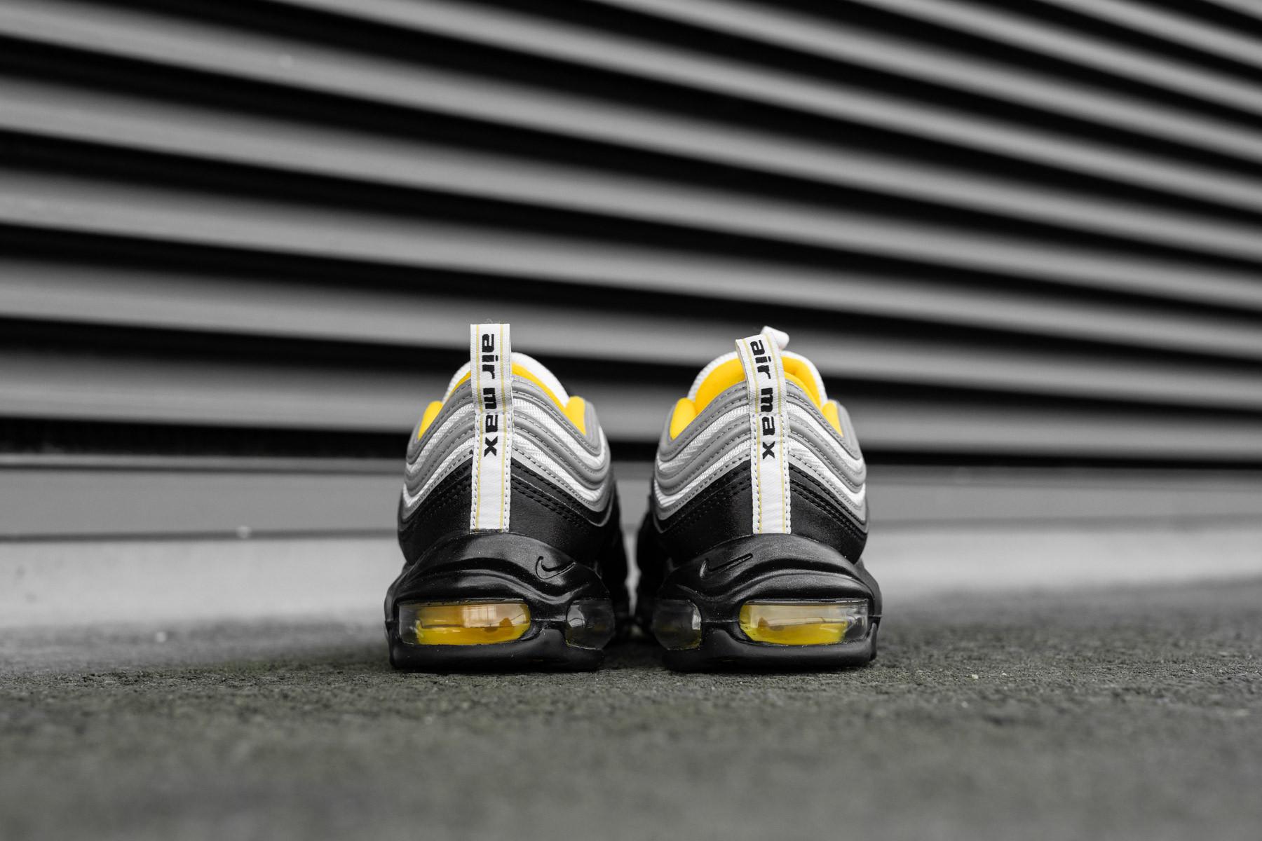 Nike Air Max 90 Leather BlackAmarillo