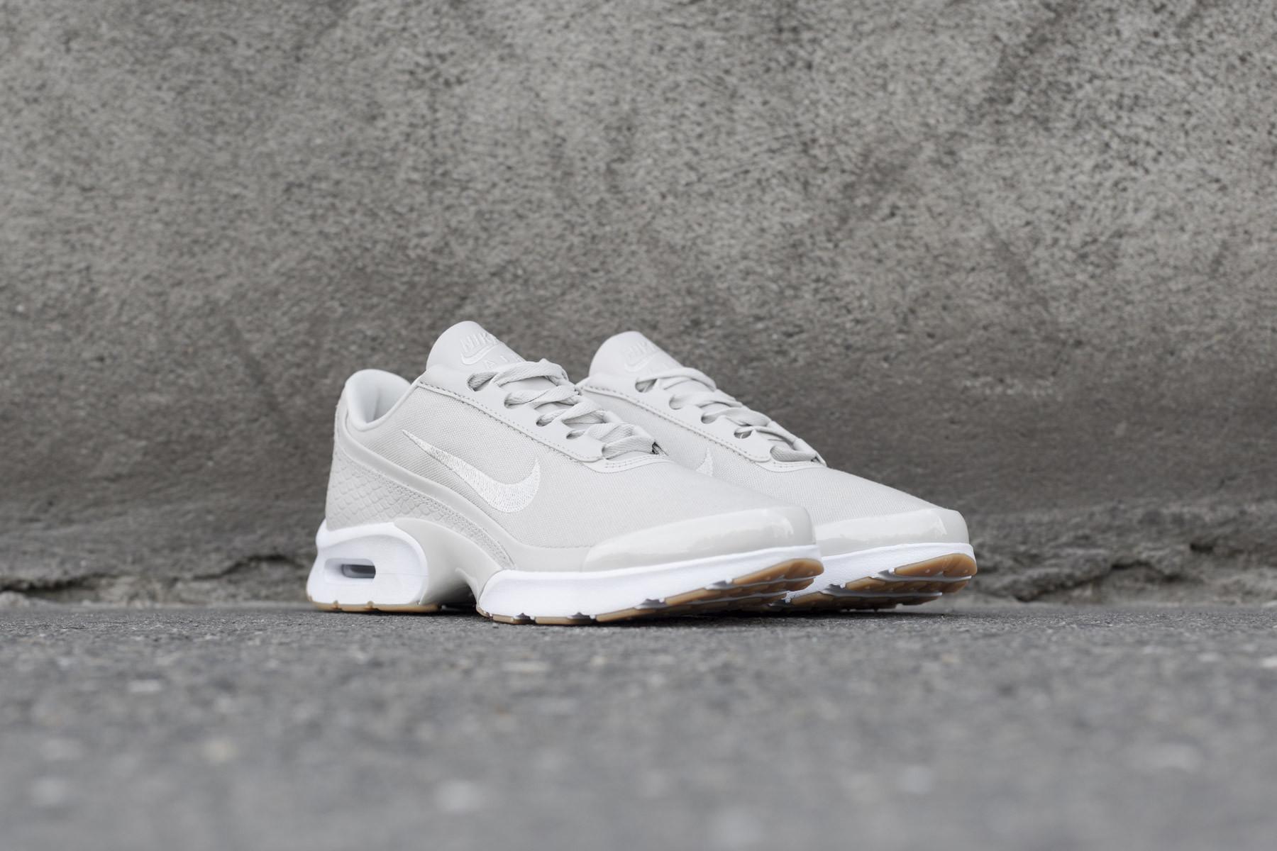 d3adec9214 Wmns Nike Air Max Jewell SE - Sneaker.no