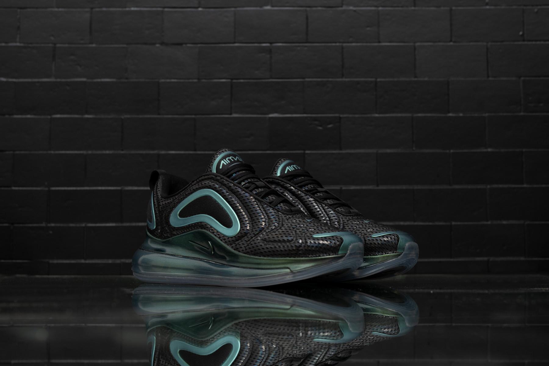Nike Air Max 720 W | Goxip