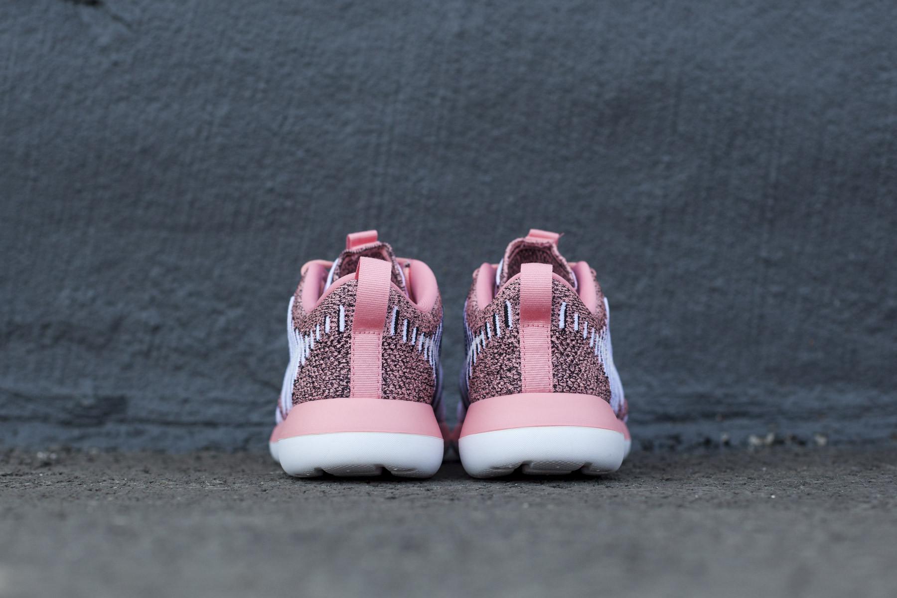 Wmns Nike Roshe Two Flyknit Sneakers Sneaker.no