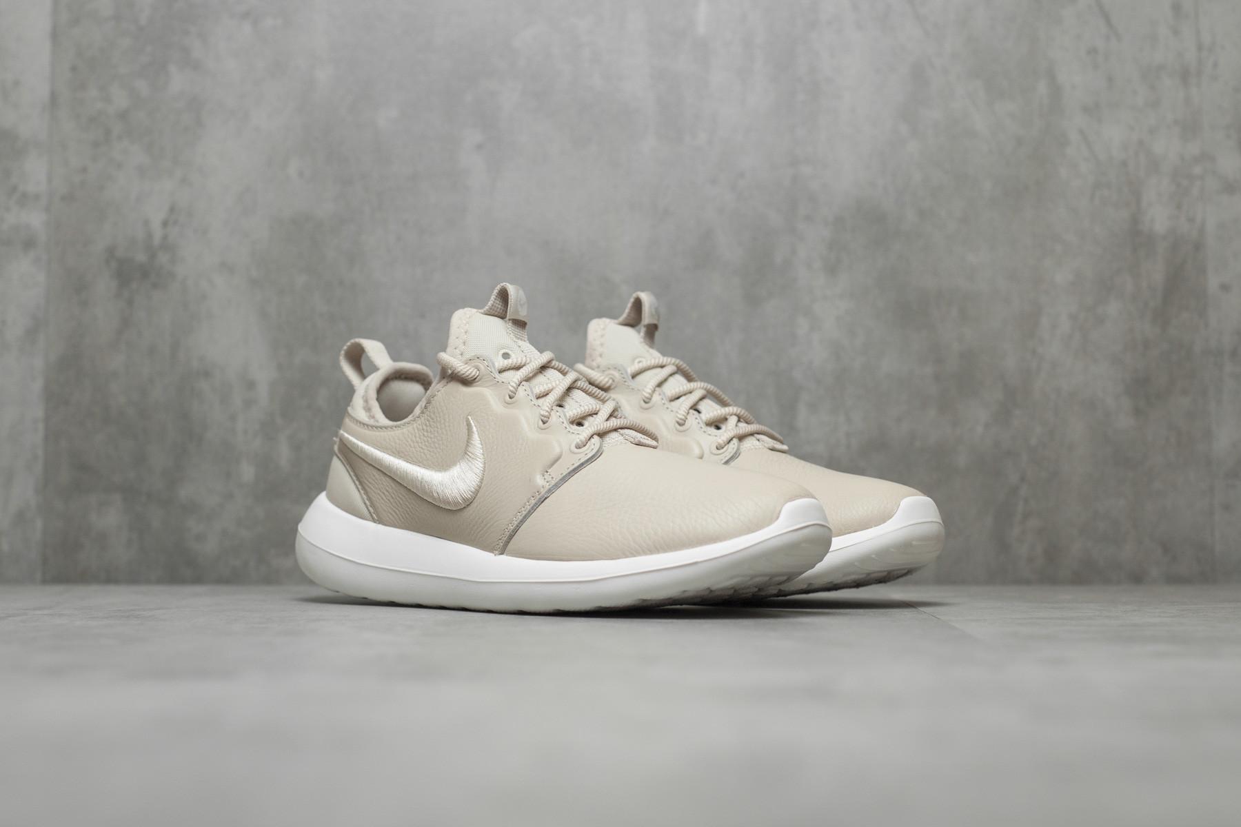 Tênis Nike Roshe Two Flyknit 365 Feminino Nike
