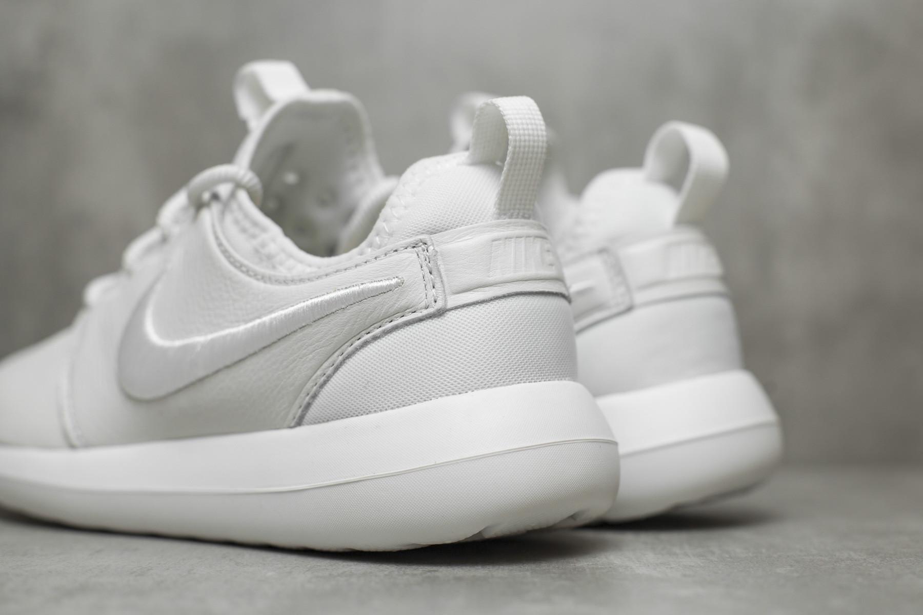 Nike Roshe Two Si Sneaker (Women) Nordstrom