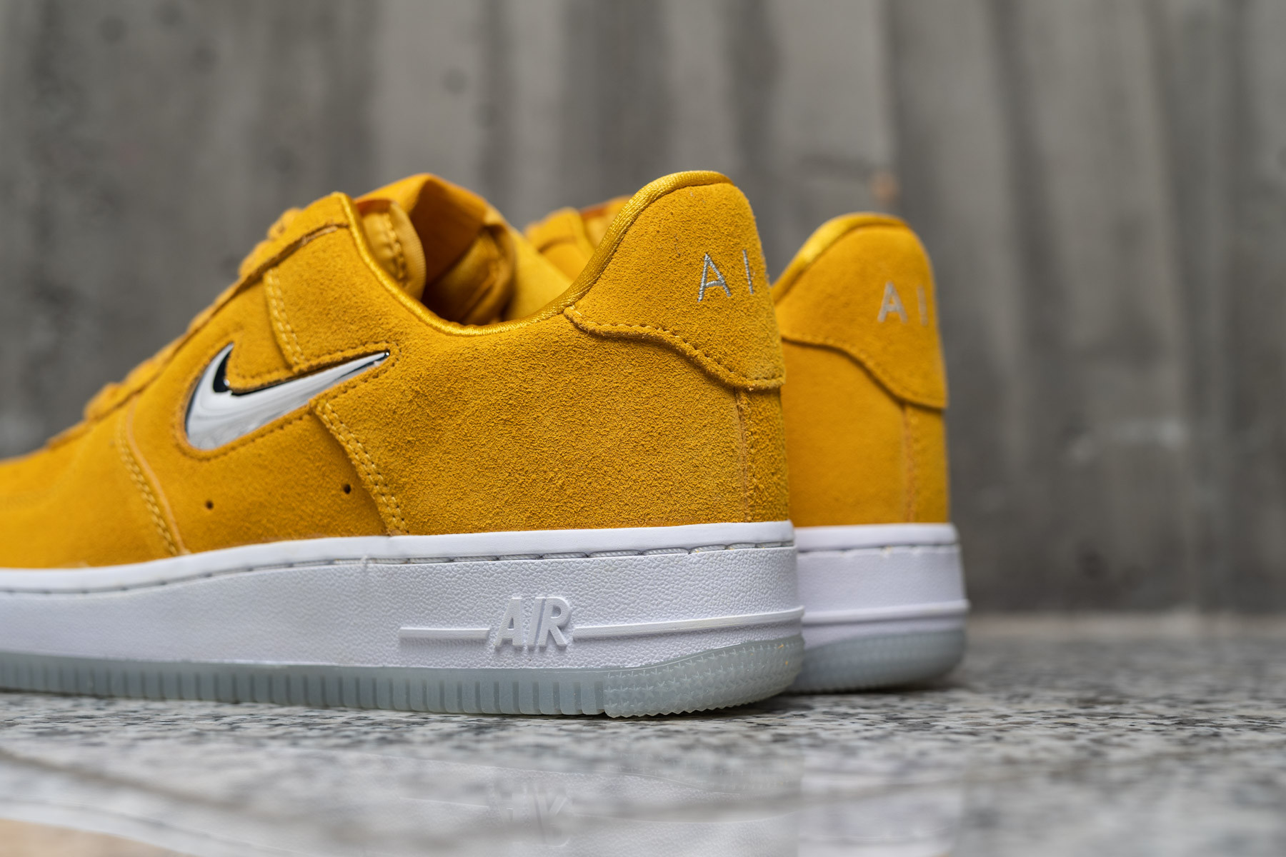 Nike Air Force 1 Low Jewel Yellow Ochre AO3814 700 Sneaker