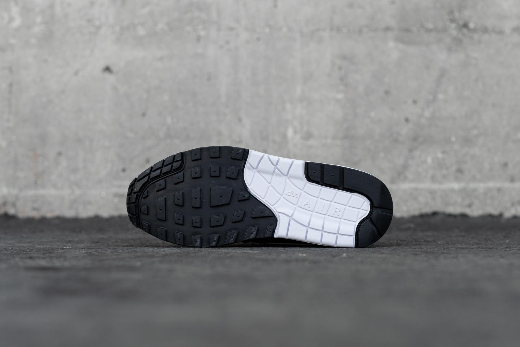 W Nike Air Max 1 Sneakers Sneaker.no