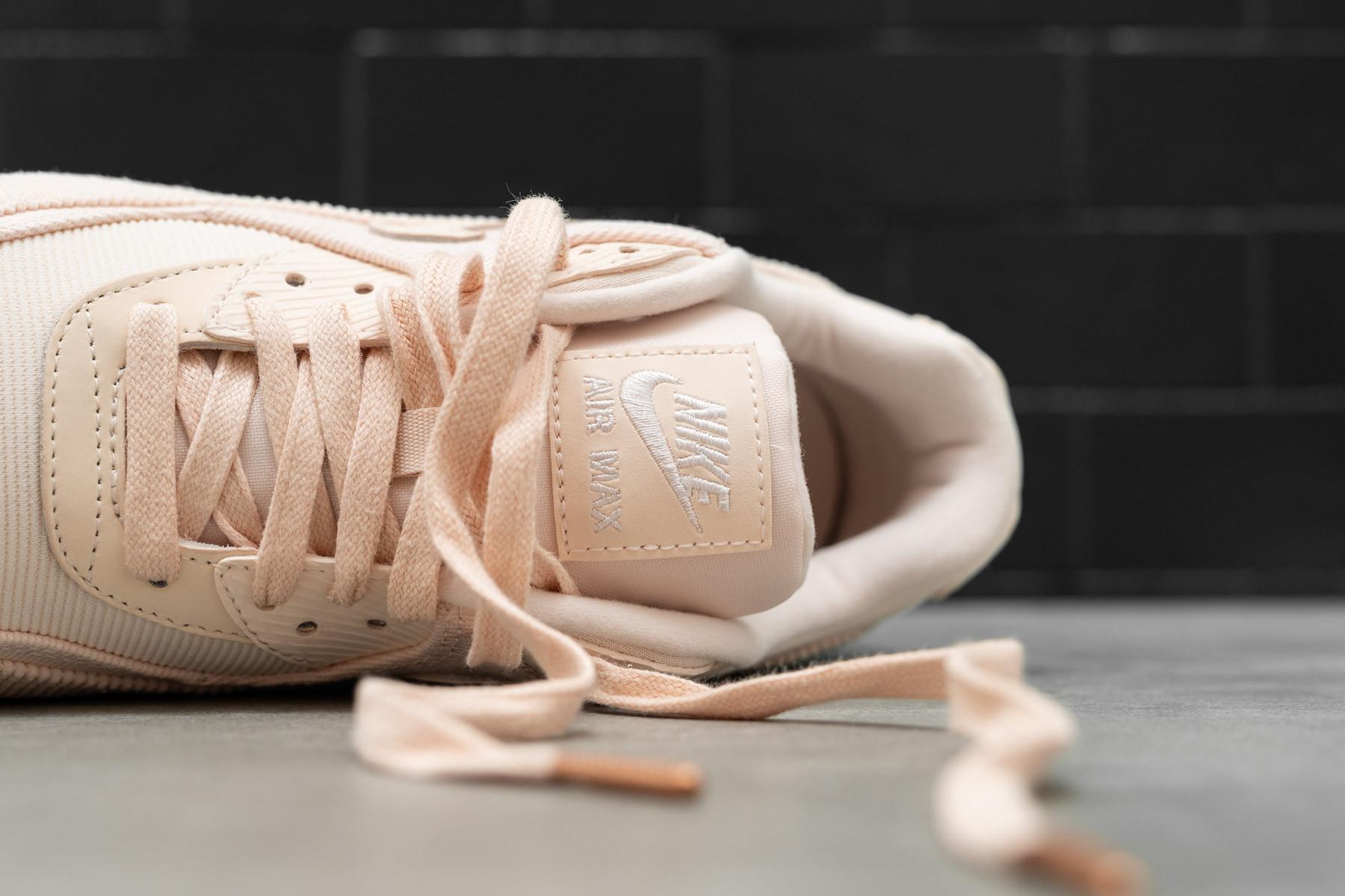 54955f6e3ed721 W Nike Air Max 90 LEA - Sneaker.no