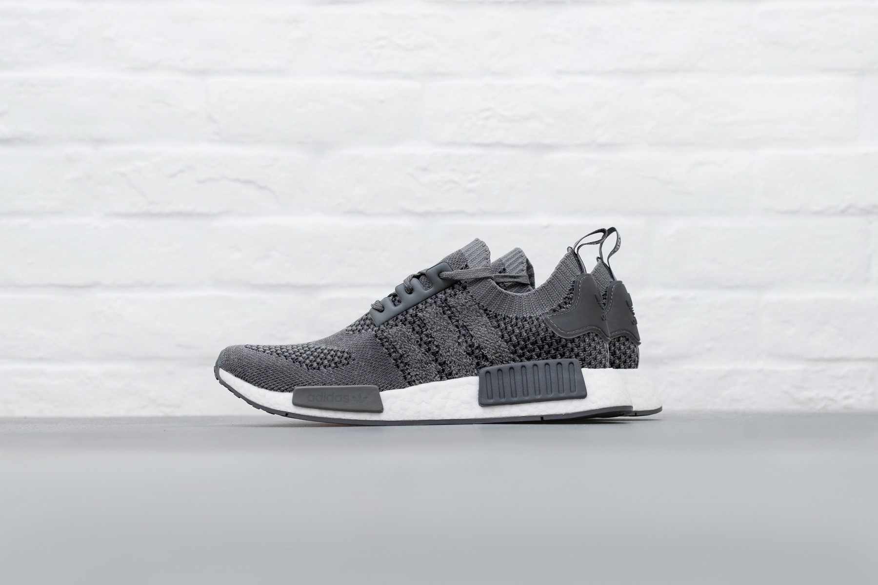 W Adidas NMD_R1 PK Sneakers Sneaker.no