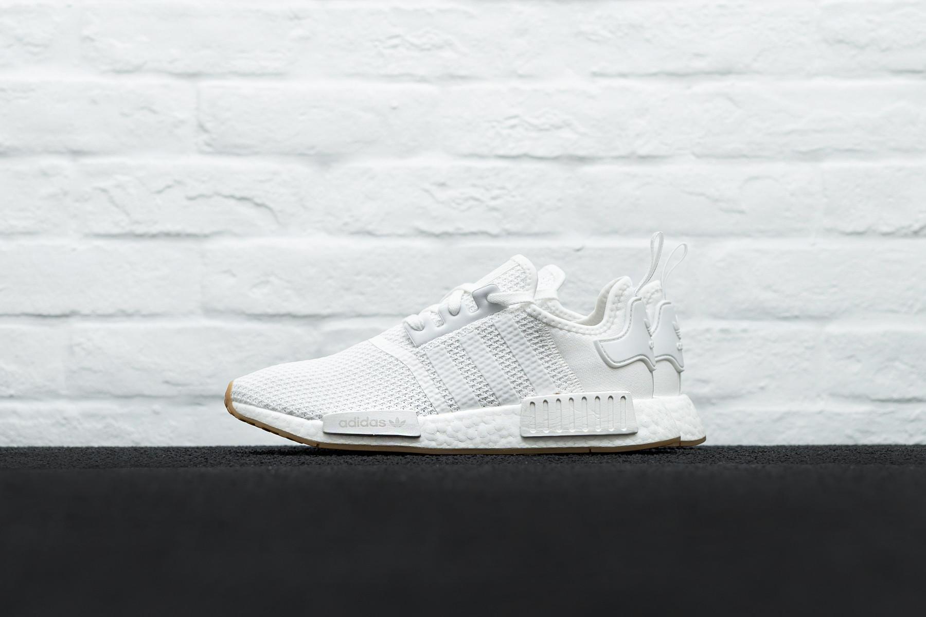 W Adidas NMD_R1