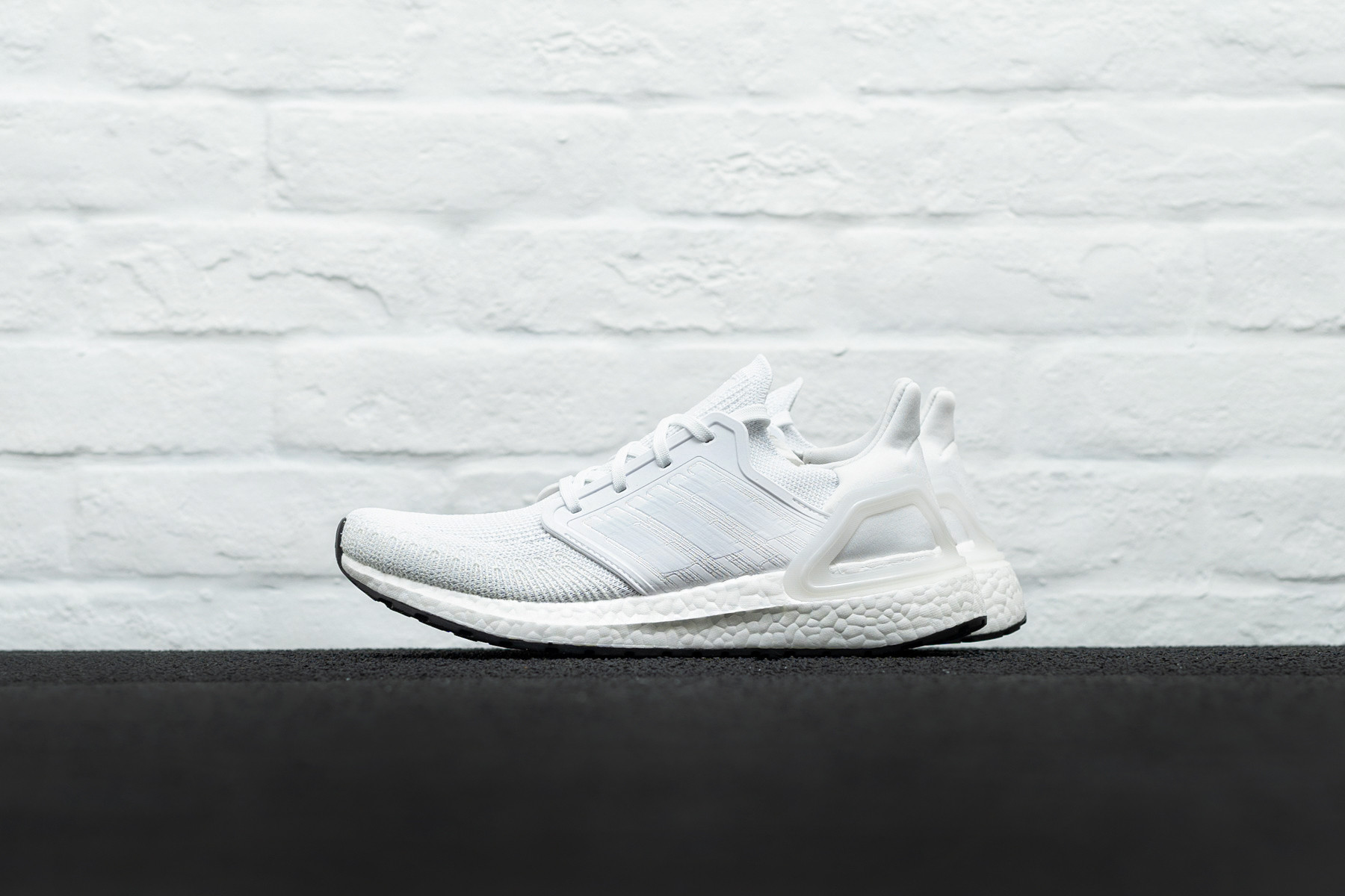 Adidas Ultraboost flyknit excellent condition