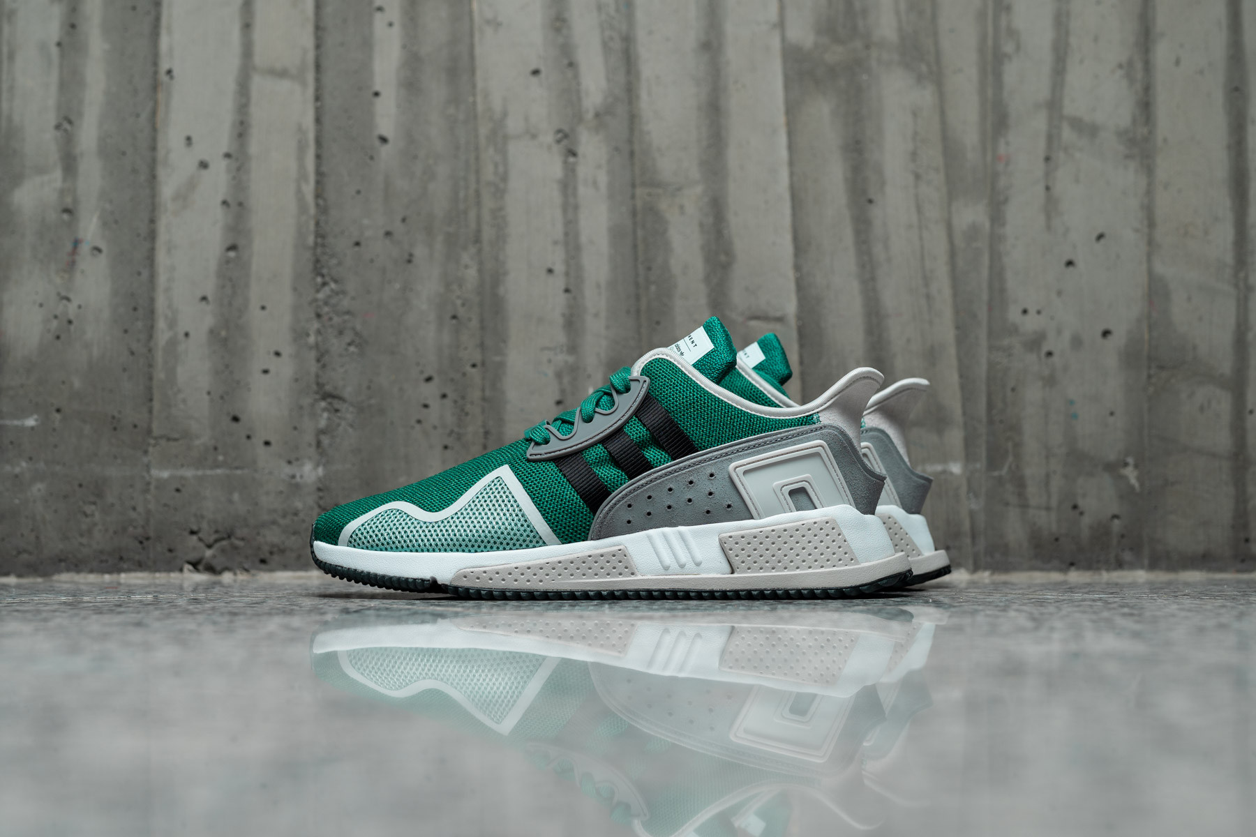 check out 02b96 f16dd Adidas EQT Cushion ADV