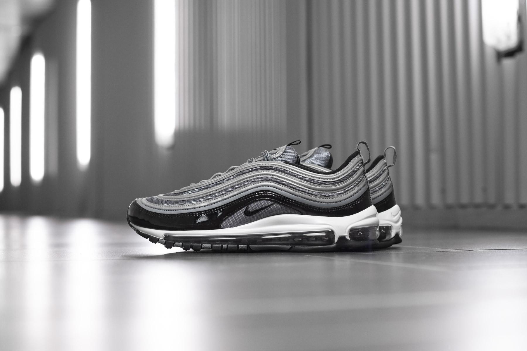 Nike Air Force 1 ´07 | Gray | Sneakers | AA4083 010 1