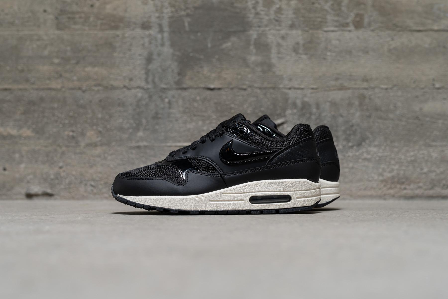 Wmns Nike Air Max Thea BlackSummit White