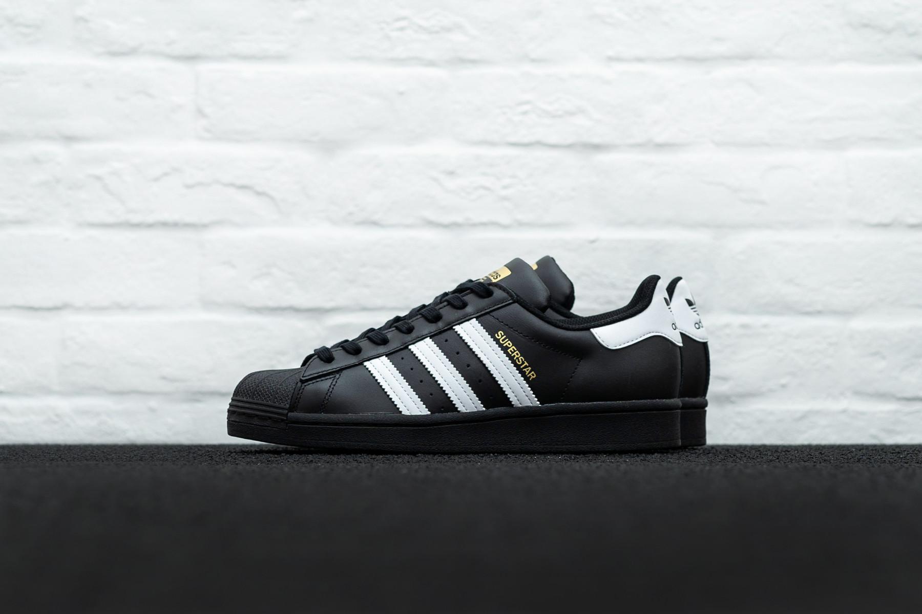 W Adidas Superstar
