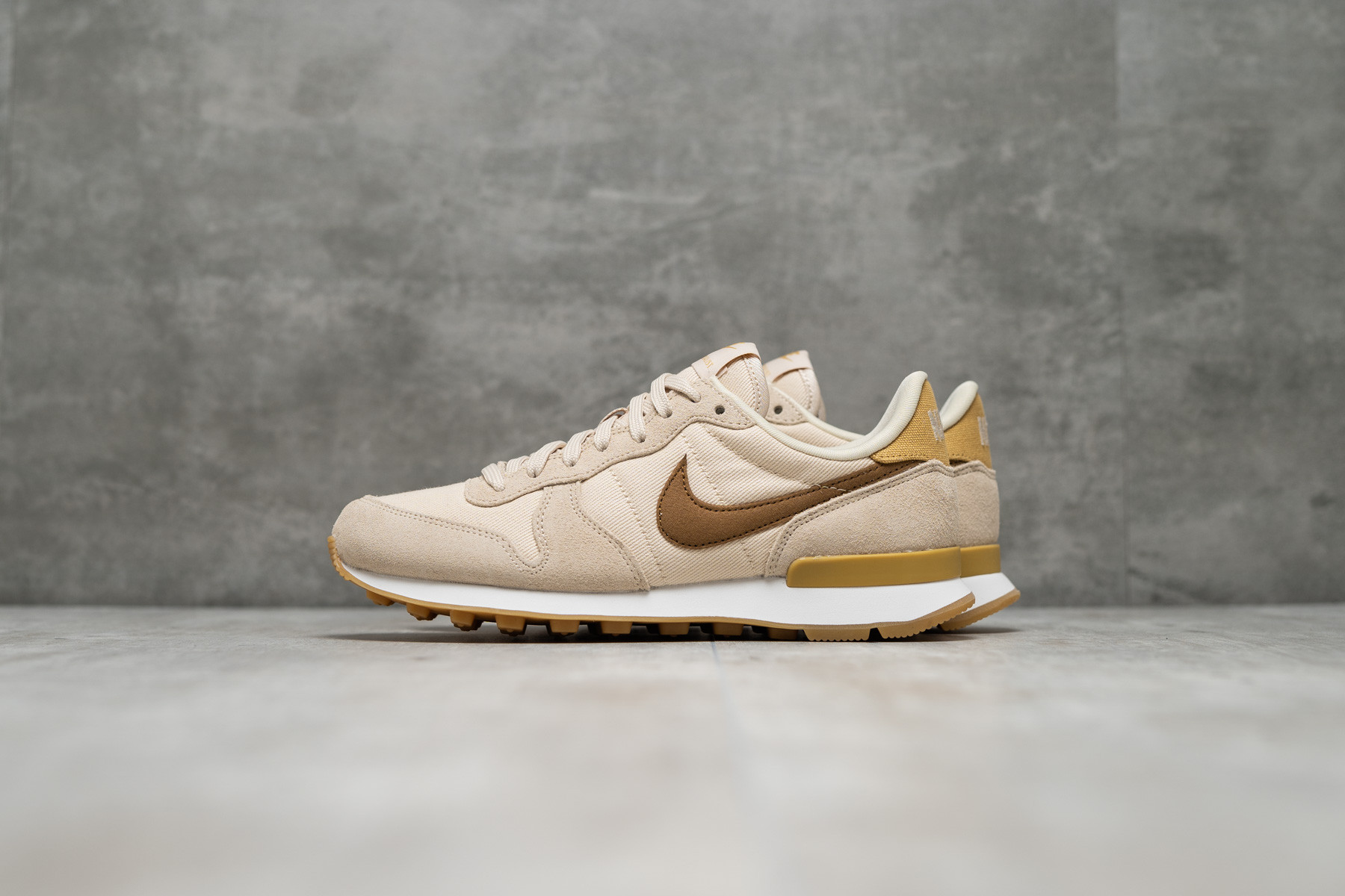 best shoes detailed look classic styles W Nike Internationalist - Dame - Sneakers - Sneaker.no