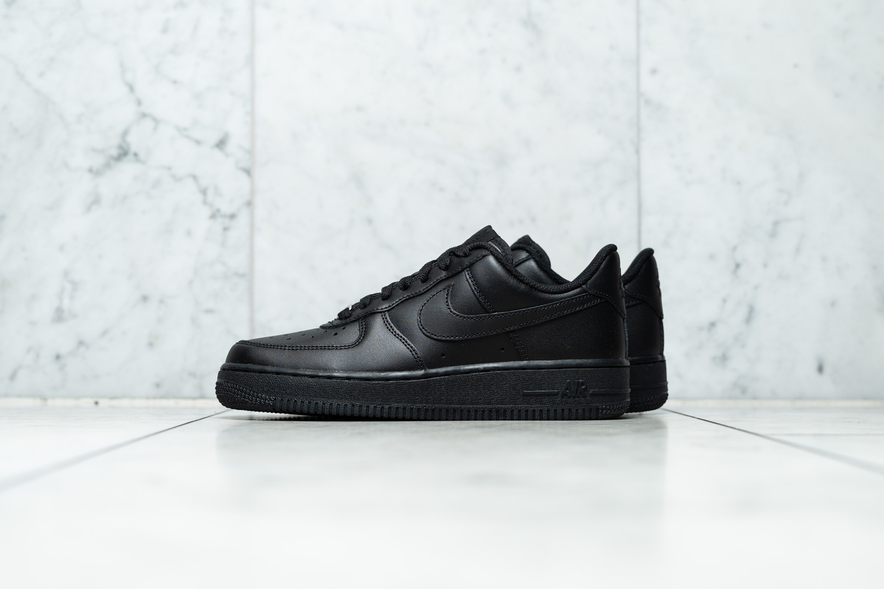 Nike Air Force Max Low Black