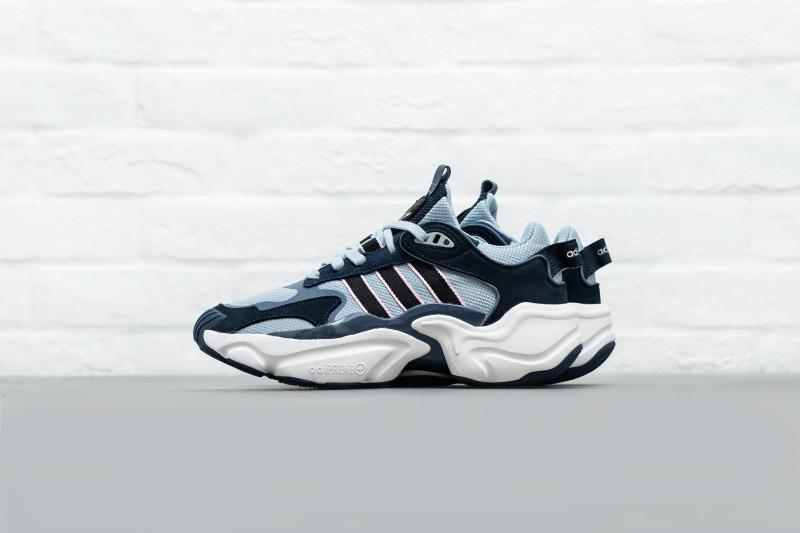 W Adidas Magmur Runner