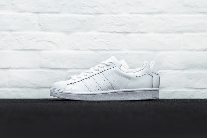 W Adidas Superstar