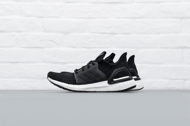 W Adidas UltraBOOST 19