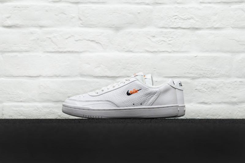 W Nike Court Vintage Premium