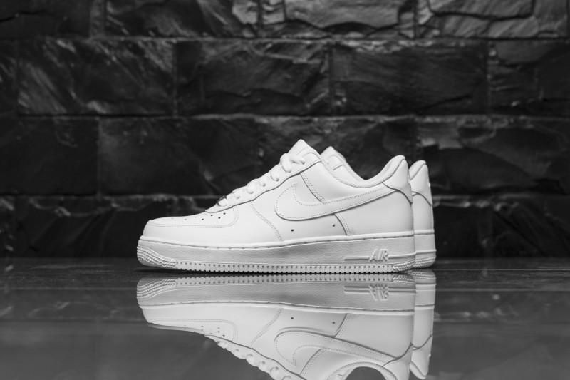 Nike Air Force 1`07